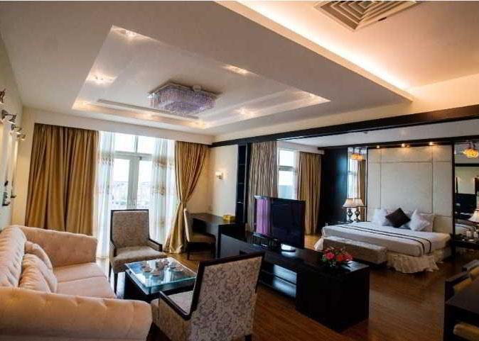 saya suite